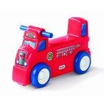 Детски пожарникарски мотор за яздене Little Tikes